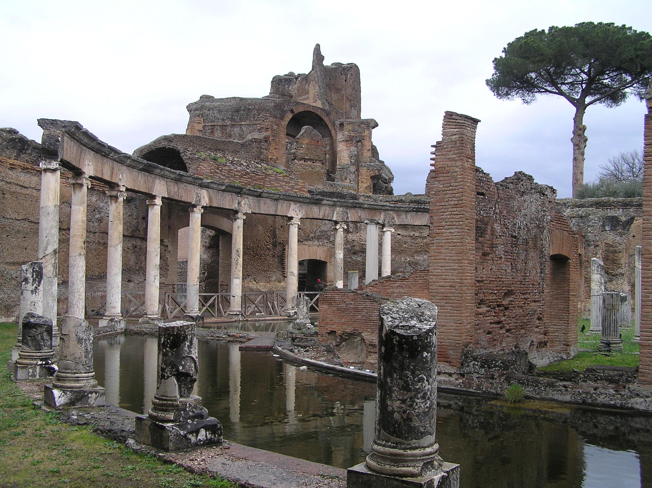 Itálie - Řím a okolí - Hadrianova vila v Tivoli, Teatro Maritimo