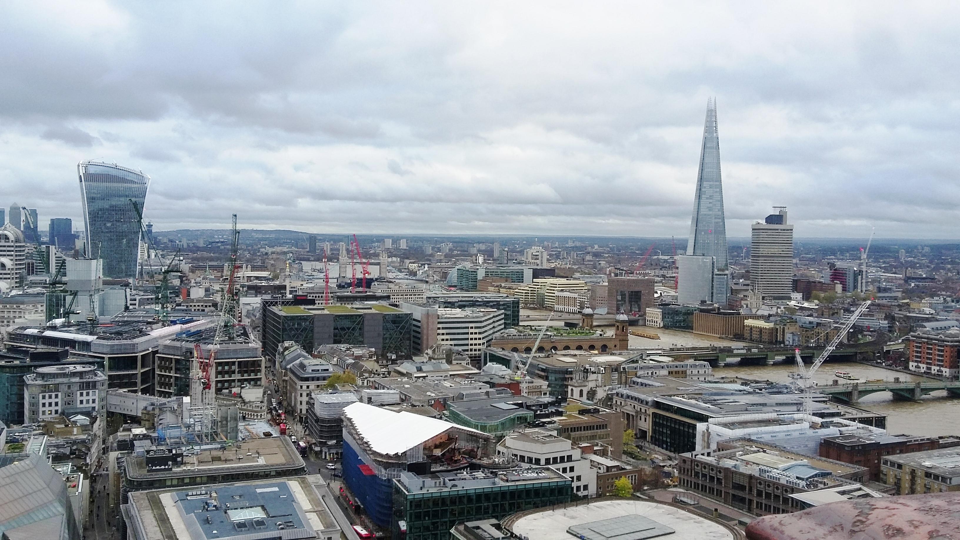Velká Británie - Anglie - Londýn z věže katedrály sv.Petra a Pavla, a nutno přiznat - je to placka, foto A.Frčková