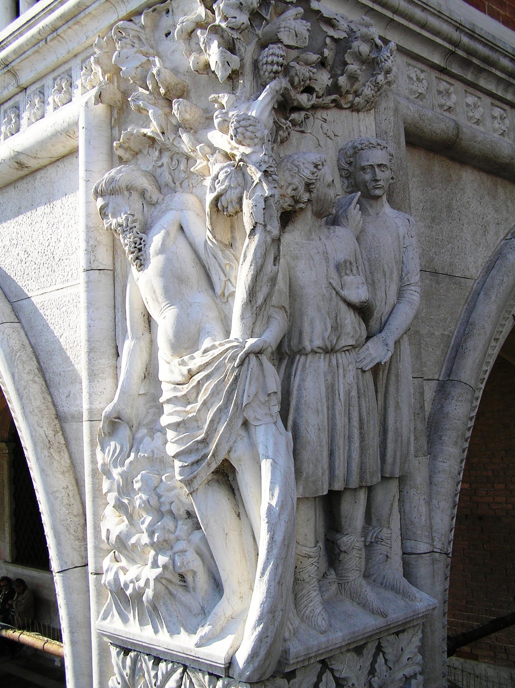 Itálie - Benátky - Dožecí palác, detail Noemova opilství