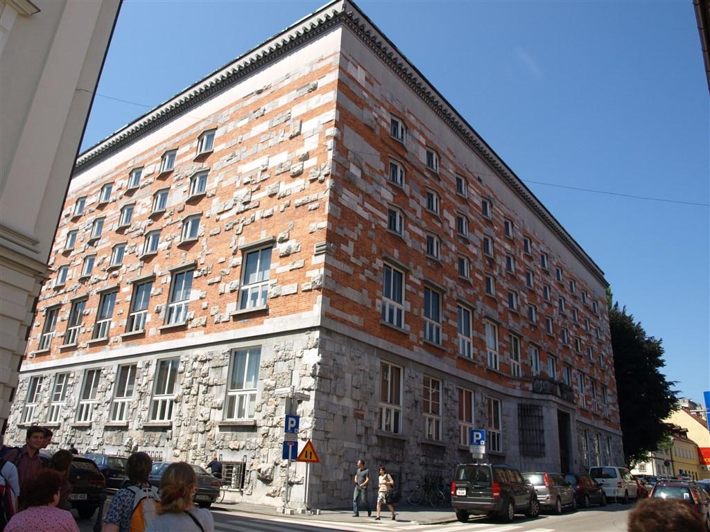 zájezdza uměním výstavy a architektura - Slovinsko - Lublaň - Národní a universitní knihovna, 1936-41, Jože Plečnik