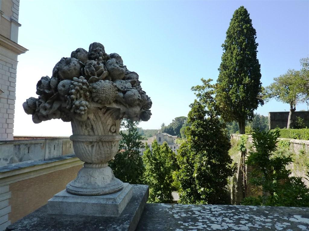národní parky a zahrady - Itálie - Lazio - Caprarola, Palazzo Farnese, zahrady